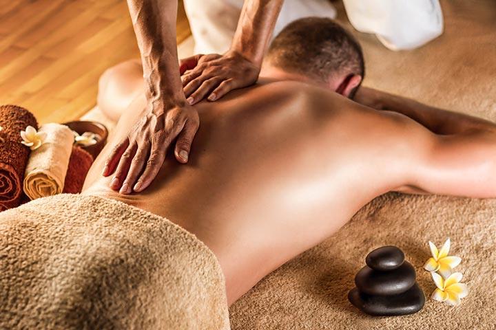wopBali massage A man having a Balinese massage   Bio-Rama Naslovna